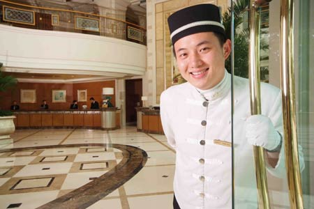 Customer Service Improves with Hotel Security Cameras